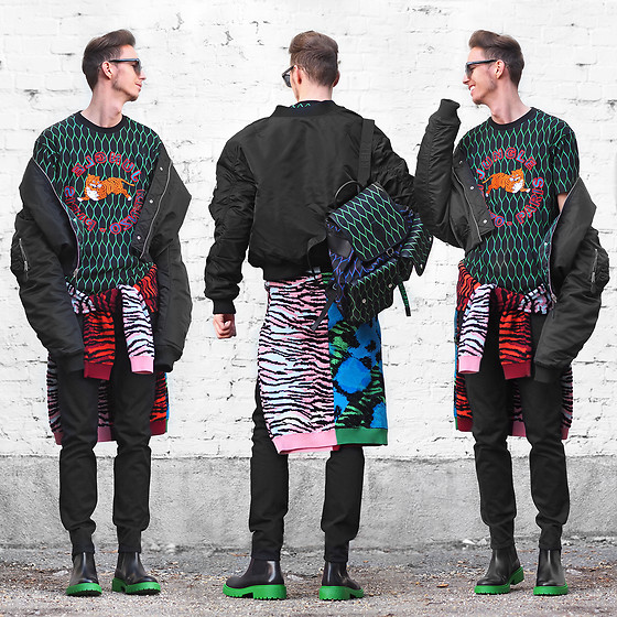 Chaby H. - Kenzoxhm Tiger T Shirt, Kenzoxhm Backpack, Kenzoxhm Black Jeans, Kenzoxhm Boots With Green Sole, Kenzoxhm Reversible Bomber Jacket - Vibrant and playful vision / KENZOxHM