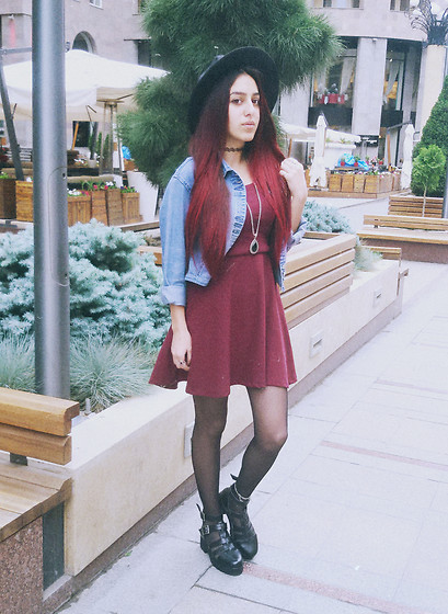 SvetLana Avakian - Pull & Bear Dress, Stradivarius Fedora - Autumn look