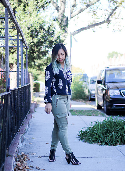 Jenn Hanft - Romwe Navy Botanical Print Blouse, Zara Cargo Pants, Vince Camuto Heels - Taking a Step Back