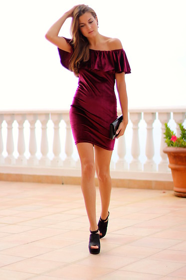 Marianela Yanes - Sheinside Dress, Mango Heels - VELVET DRESS