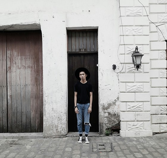John Castillo - Forever 21 Fedora, Penshoppe Black T Shirt, Guess? Watch, Bench Ripped Jeans, Converse Trainers - Rebel Without a Cause