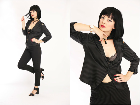 Aleksandra L. - Wig, Abbot And Mosley Watch, Monki Pants, Rosegal Blazer, Chocker - BUSINESS LADY