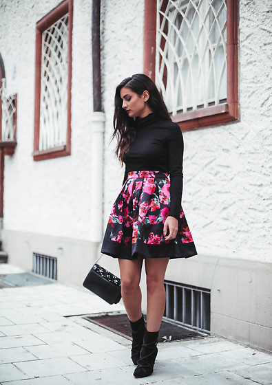 Merna Mariella - French Connection Uk Skirt, Vero Moda Turtle Neck Top, Missguided Boots, Zara Bag - Satin floral skirt