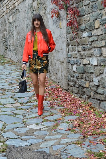 Jeanne -  - Red, Green, Velvet and Bomber Jacket