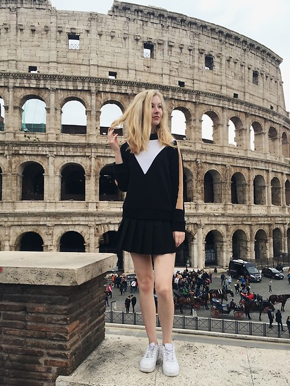 Bec Oakes - Topshop Colourblock Sweatshirt, American Apparel Tennis Skirt, Nike Air Force Ones - When in Rome