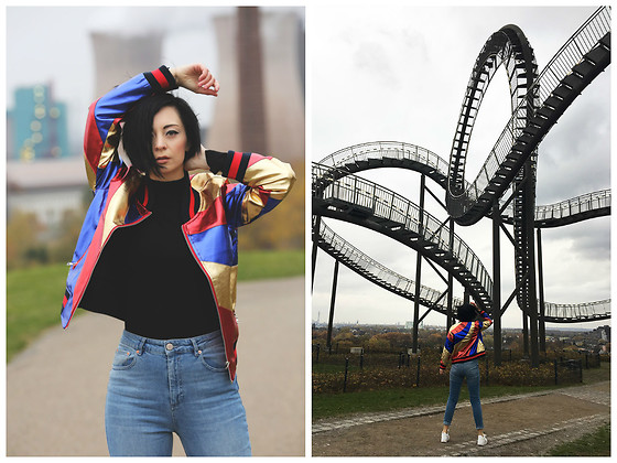 Aleksandra L. - Bomber Jacket - TIGER AND TURTLE