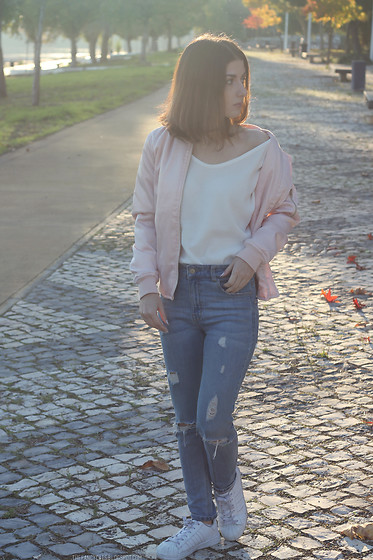 Adriana R. - Zaful Pink Bomber Jacket, Zaful White Sweater, Ripped Jeans, Adidas Superstar - BABY PINK W/ZAFUL
