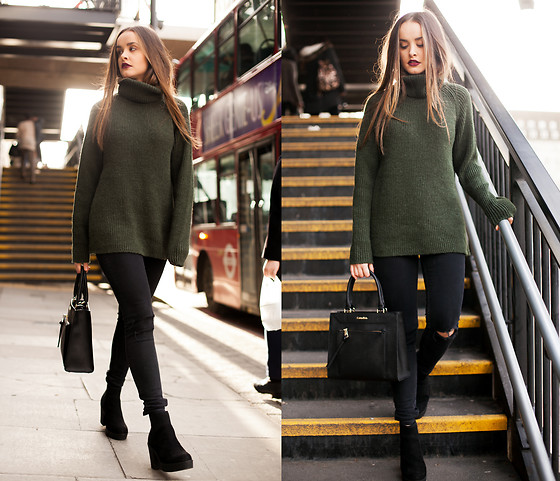 Savina Official - Urban Outfitters Jumper, French Connection Uk Jeans, Calvin Klein Bag, New Look Boots - AUTUMN LONDON CHIC