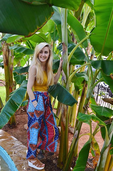 Isobel Thomas - Zaful Printed Trousers, Zaful Mustard Lace Up Knitted Top, Hidden Fashion Sandals - Palm Trees & Prints