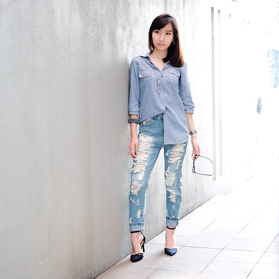 Thelma Aruana Kisela - Romwe Boyfriend Ripped Jeans, Stradivarius Pointed Heels - Ripped It