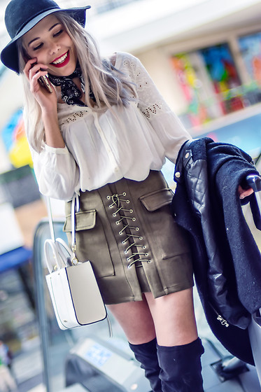 She is Magique Oh my Dior - Romwe Skirt, Rebecca Minkoff Bag - Black Star