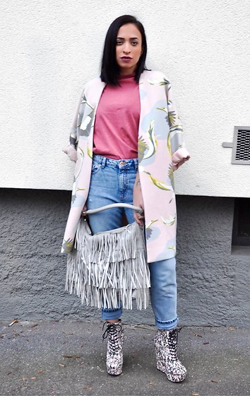 Giorgia Maniera - Asos Boots, Bershka Jeans, H&M Bag, Even&Odd Tshirt, H&M Coat - Winter is coming