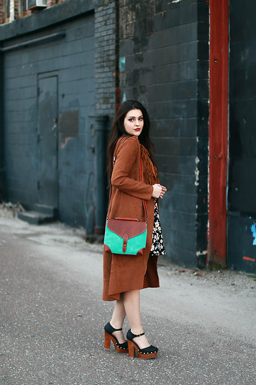 Carly Maddox - Most Wanted Usa Turquoise Brown Leather Bag - Touch of Color