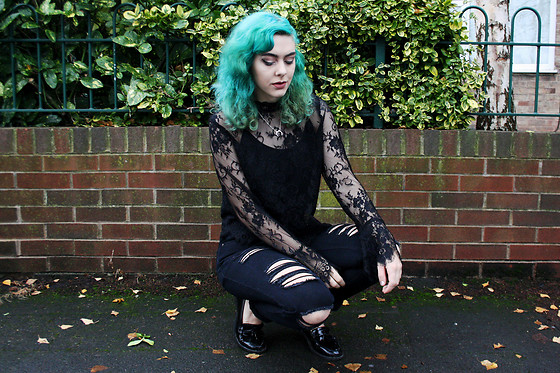 Jessica Gutteridge - H&M Black Lace Top, Boohoo Ripped Mom Jeans, Primark Pleather Loathers - Black Lace & Mermaid Feels