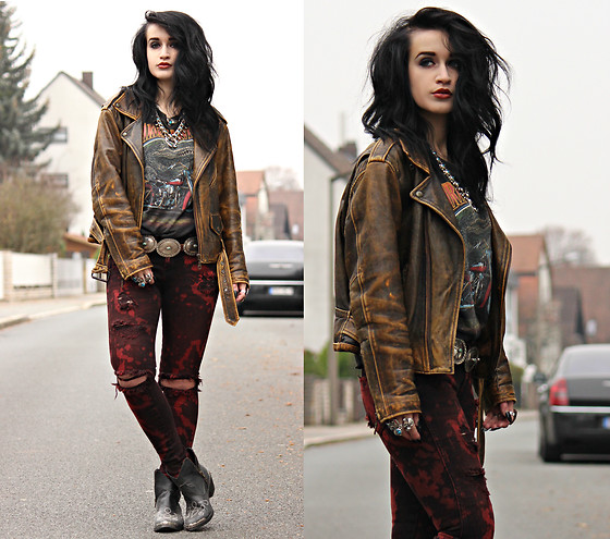 Tessa Diamondly - Vintage Leather Jacket, Harley Davidson Shirt - Kill the ghost that hides your soul, Rock 'n' Roll.