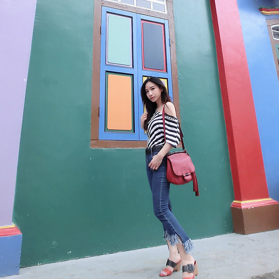Annabelle Lao - Gucci - Lovely and colourful street corner in little india