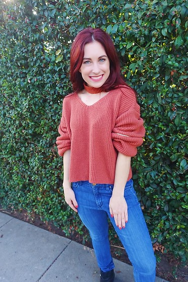 Erin Ashley Goldman - Zaful Zippered Oversize Jumper With Choker, Forever 21 Jeans, Vince Camuto Boots - Celebrating Sweater Weather with Zaful