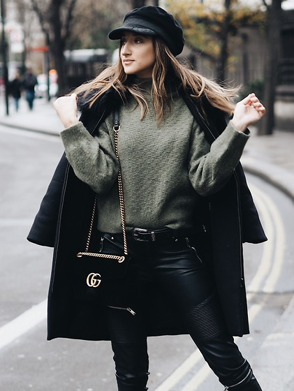 Gabriele Gzimailaite - Sheinside Jumper, Gucci Bag - GREEN