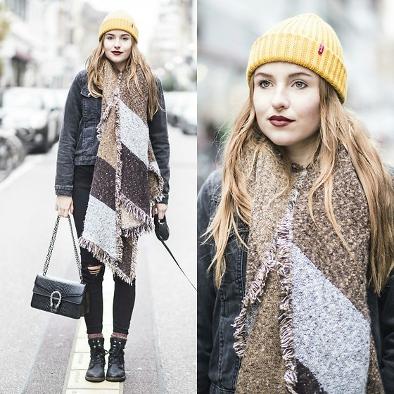 Nicola Marleen - Sassy Classy Scarf, Topshop Jeans, Levis Hat - Cozy warm outfit // morningelegance.de