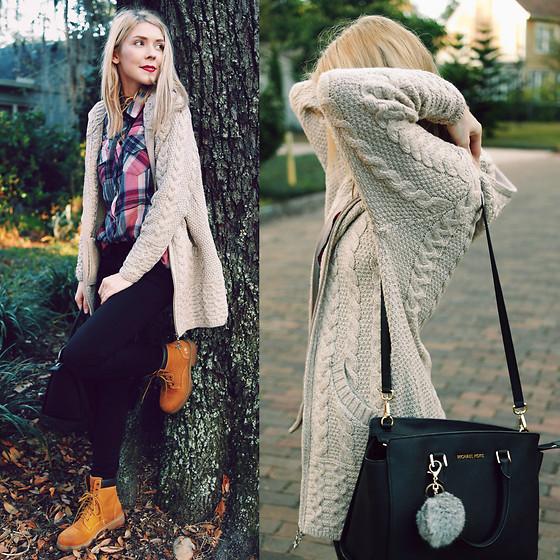 Zuzana - Aran Sweaters Direct Women's Oversized Cable Knit Sweater Coat, Mother Denim Black, Rails Plaid Shirt, Michael Kors Selma Handbag - I'm Dreaming Of An Irish Christmas...