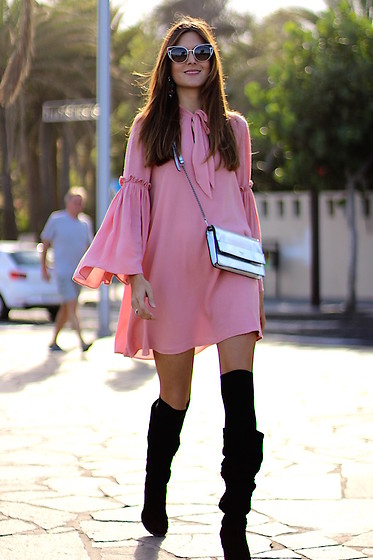 Marianela Yanes - Sheinside Dress, Guess Clutch, Fendi Sunglasses, Zara Boots - Pink Dress