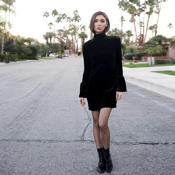 Tienlyn . - Velvet Bell Sleeve Dress, Fishnet Tights, Ladila Booties - AFTER PARTY