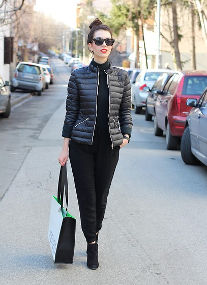 Jelena - Sam Edelman Ankle Boots, Kenzo For H&M Leather Bag, Le Specs Black Sunglasses, Terranova Black Pants, Calliope Jacket - Weekend outfit goals