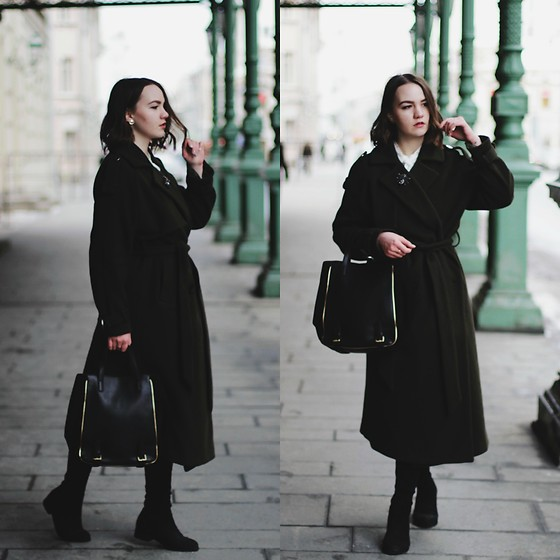 Alina Ermilova - Dezzal Khaki Coat - Getting Lost In The Streets