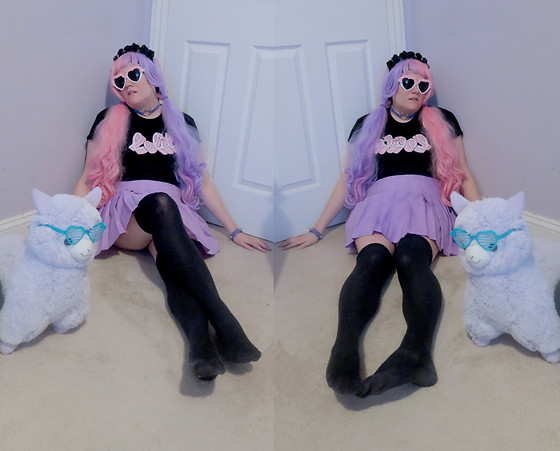 PastelKawaii Barbie - Hot Topic Floral Headband, Minga London Lolita Crop Top, Ebay Pleat Lavender Skirt, Ebay Black Stockings, Ebay Lavender/Pink Split Wig, Claries Heart Sunglasses - Pastel Gothic Doll