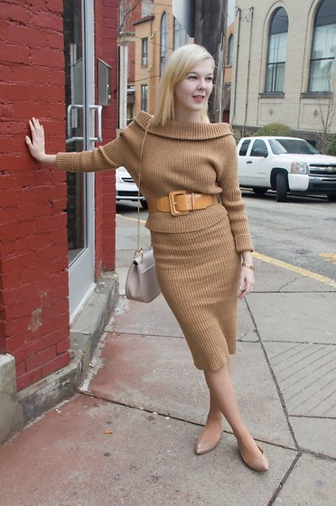 Bree Fesh - Stylewe Camel Colored Sweater Dress, Cartier Gold Bracelet, Chloé Motty Grey Drew Bag, Nine West Nude Flats - Let's Get Knit Started