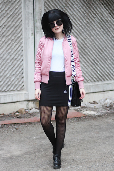 Panda . - Quay Sunglasses, H&M Jacket, Back Bag, Adidas Skirt - PINK BOMBER