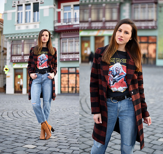 Miha Teicu - Woman Fashion Coat, H&M Crop Jeans, Bonprix Two Toned Boots - Iron Maiden