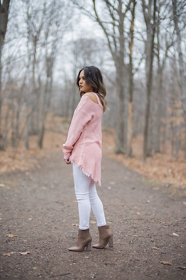 Ralizabeth Orellana - Makemechic Sweater, Charlotte Russe Jeans, Booties - Pink and White
