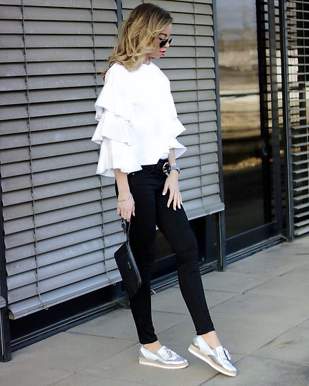 My Philocaly - Tamaris Oxford Slipper, Mango Jeans, H&M Ruffled Top - Ruffles and Oxford Shoes