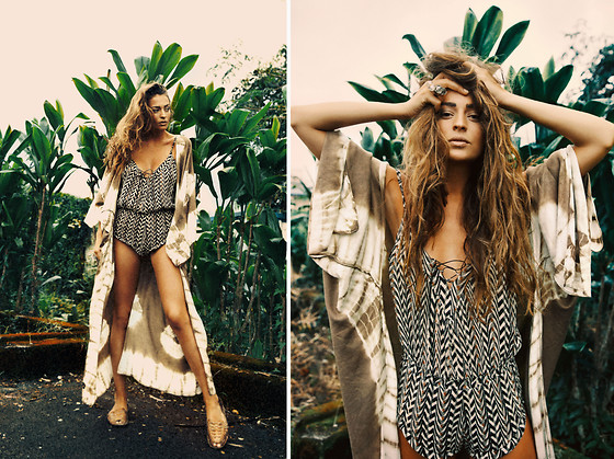 Thilda Mörlid Berglind - Free People Kimono, Goddess Of Babylon Jumpsuit - Messssyyy hair and jungle fever
