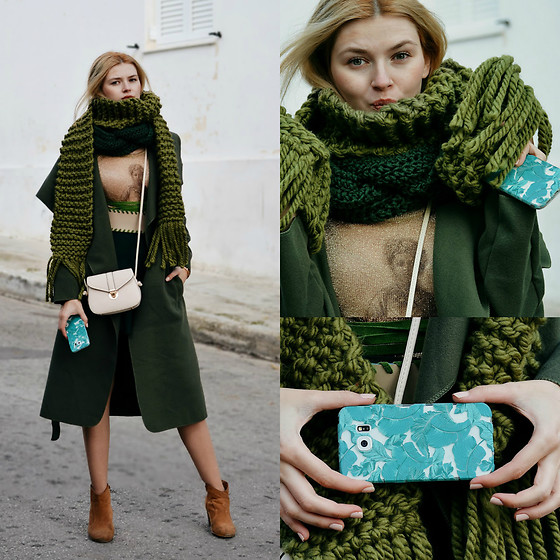 Maria Vidrasco - Bazz…R (Coat), Be Woolen, Through All Things, Lovina Cases (Phone Case), (Similar) (Blouse), (Similar), Oasap, Zaful - I DREAMED A DREAM
