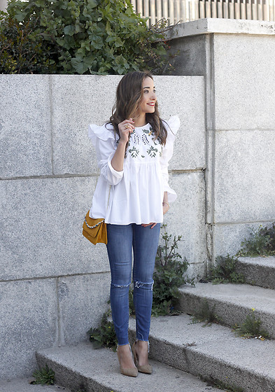 Besugarandspice FV - Uterqüe Bag, Zara Blouse - White Blouse With Ruffles And Flower Embroidery