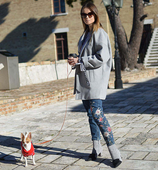 Tamara Bellis - Zaful Boots, Sammydress Jeans, Asos Coat, Zaful Blouse - Happy with my Puppy