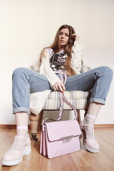 Elaine Hennings - Monki Jeans, Asos Bag, Asos Shoes, H&M Coat, Asos Shirt - La Belle Fleur