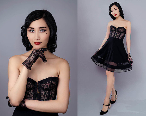 Tina Lee - Agent Provocateur Mercy Corset, Dolce & Gabbana Chandelier Pumps - Pinup Girl