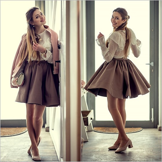 Juliette Jakubowska -  - BEAUTIFUL FLARED SKIRT AND PINK BOMBER JACKET