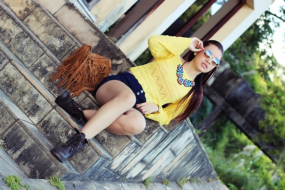 Nde -  - Boho Casual ? Yellow + Dark Blue