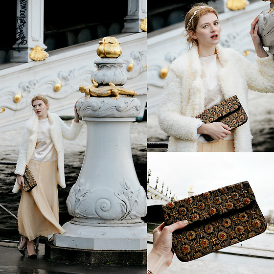 Maria Vidrasco - Bazz…R, Antiqueology Today (Clutch), (Similar) (Cardigan), Blue Sky Horizons (Headpiece) - MADEMOISELLE DE PARIS | M&M FASHION BITES