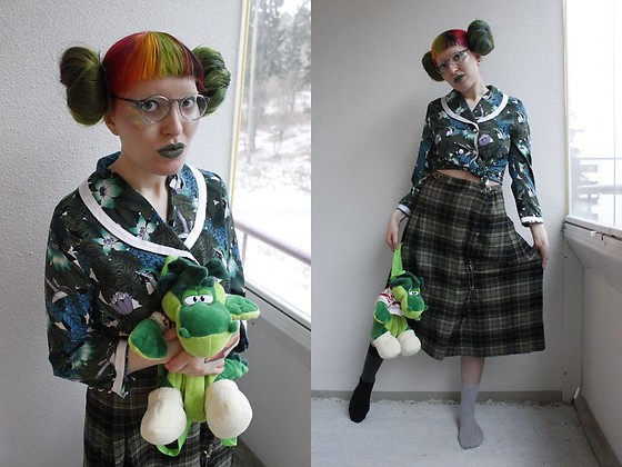 Lindwormmm - Round Glasses, Thrifted Russian Dragon Backpack, Thrifted Jungle Print Shirt, Thrifted Tartan Wrap Skirt - Student and the Teacher