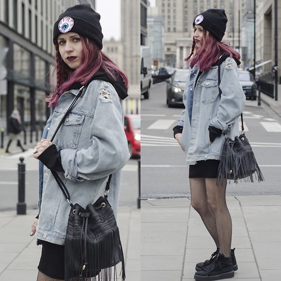 Ola Brzeska - Bershka Denim Jacket, New Look Boho Bag, Diy Beanie, Bershka Long Hoodie, Altercore Sneakers - Jeans jacket x fishnets
