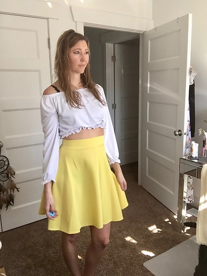 Cindy Batchelor - Amazon Yellow Jacquard Skirt, Amazon White Off The Shoulder Long Sleeve Crop Top - Yellow Circle Skirt and white off the shoulder crop top
