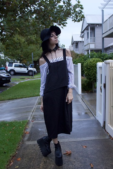 Ellie Nik - Current Mood Boots, Dresslink Striped Blouse, Zijue Apron Midi Dress - Gloom