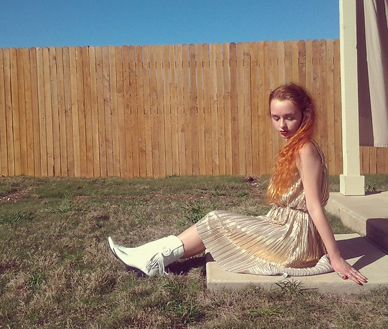 Emily Elizabeth - H&M Gold Lame Dress, Laredo Vintage White Cowboy Boots - Golden Goddess