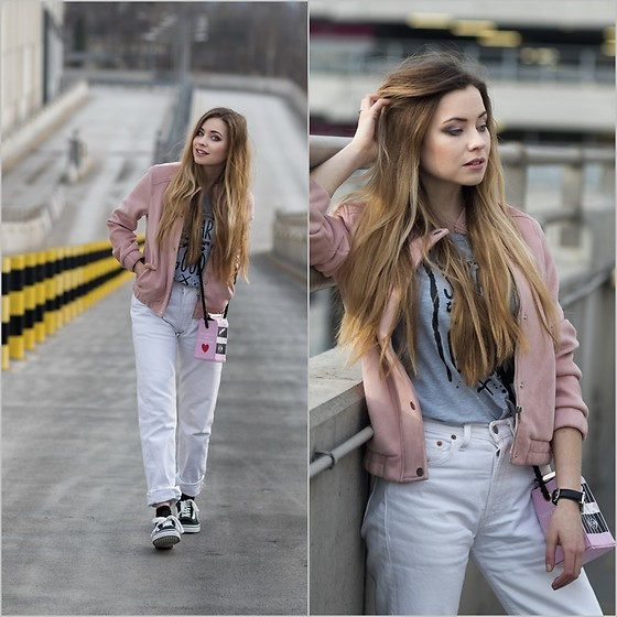 Juliette Jakubowska - Levis Jeans - PINK BOMBER JACKET, WHITE JEANS AND VANS SHOES