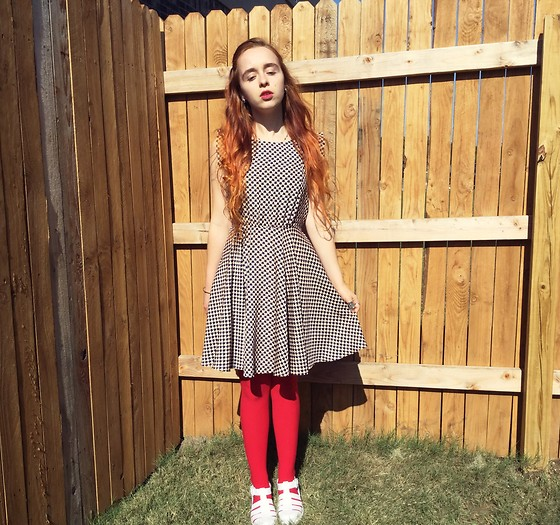 Emily Elizabeth - Goodwill Heart Print Dress, Old Navy Red Tights, Viva White Jelly Sandals - Lost in Wonderland